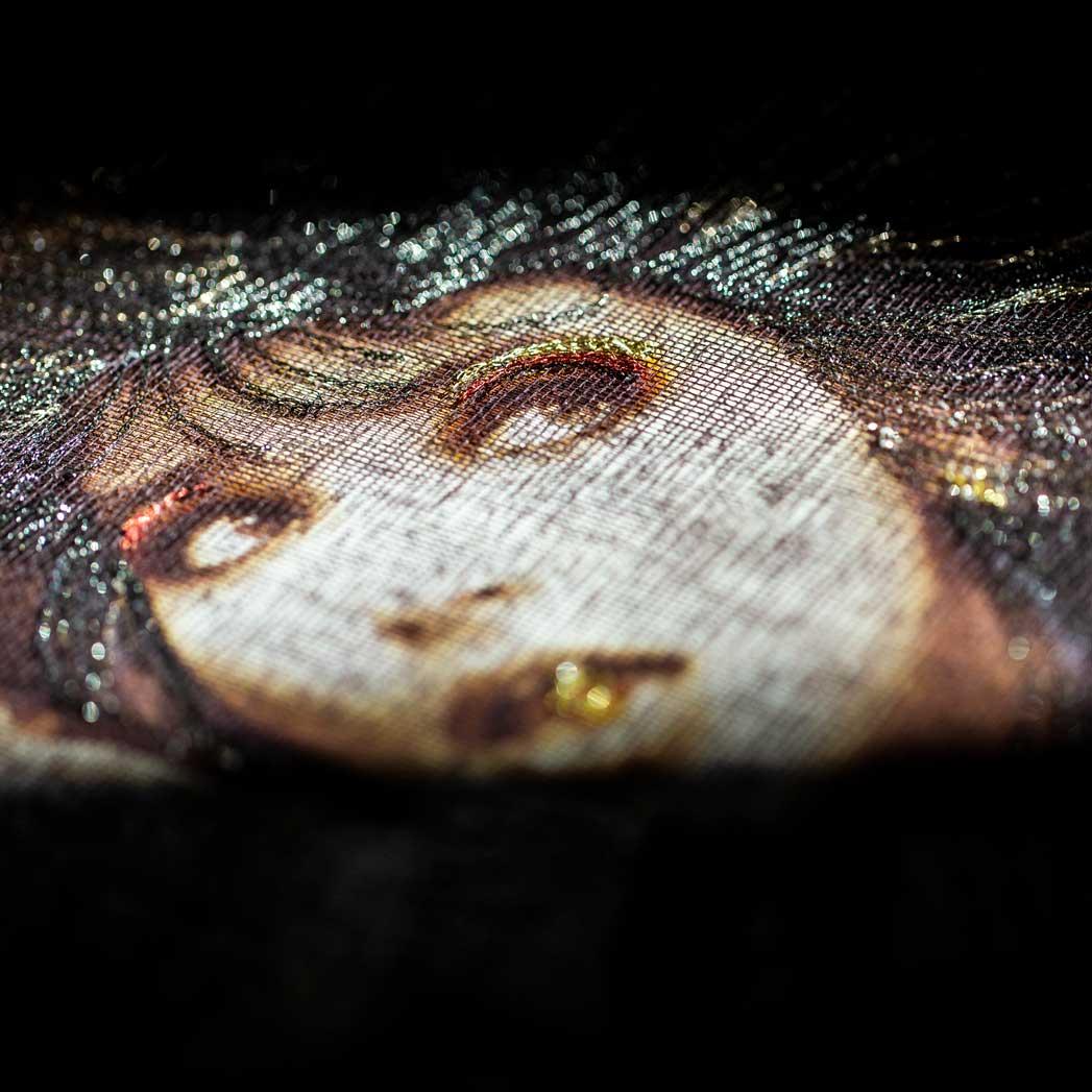 Delphine-Leverrier Kate-Bush vinyle broderie
