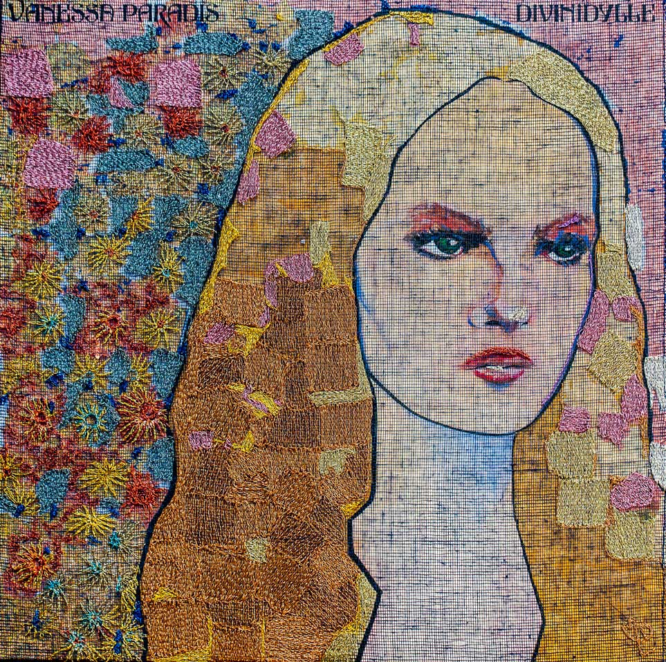 Delphine-Leverrier-Vanessa-Paradis-a